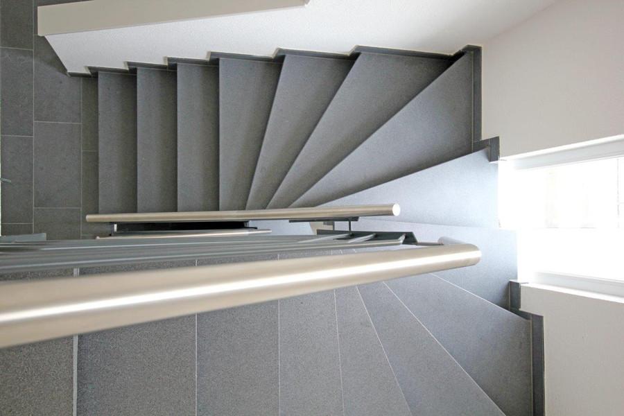 Treppenhaus modern  Treppenhaus Mehrfamilienhaus Modern | loopele.com
